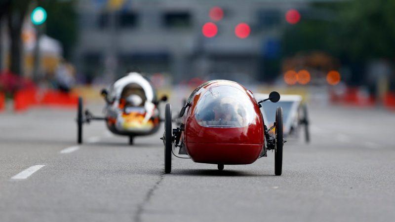Name:  shell-eco-marathon-americas-prototype-cars-on-track.jpeg Views: 2659 Size:  37.7 KB
