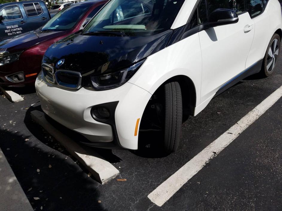 Name:  BMW_2.jpg Views: 179 Size:  93.4 KB