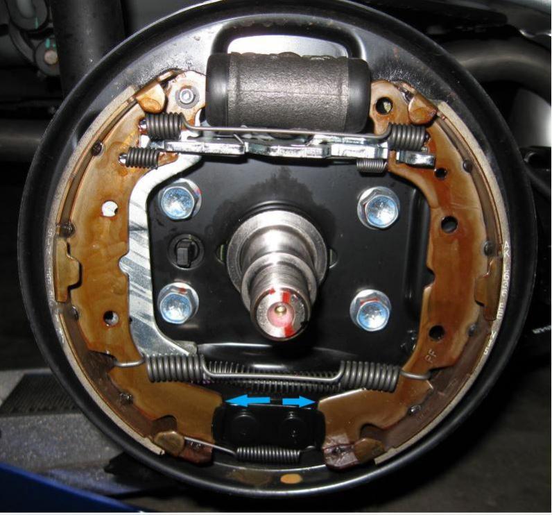 Name:  rear brake assembly.jpg Views: 116 Size:  86.1 KB