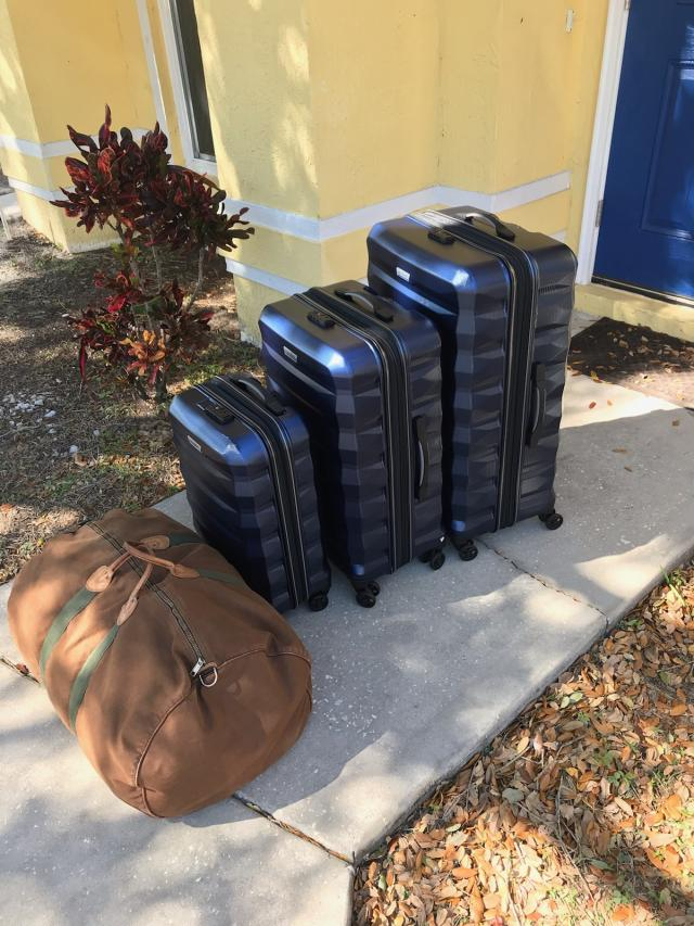 Name:  luggage .jpg Views: 118 Size:  95.8 KB