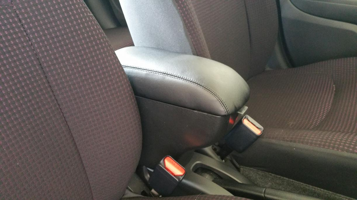 Name:  Console front seat view.jpg Views: 3085 Size:  95.6 KB