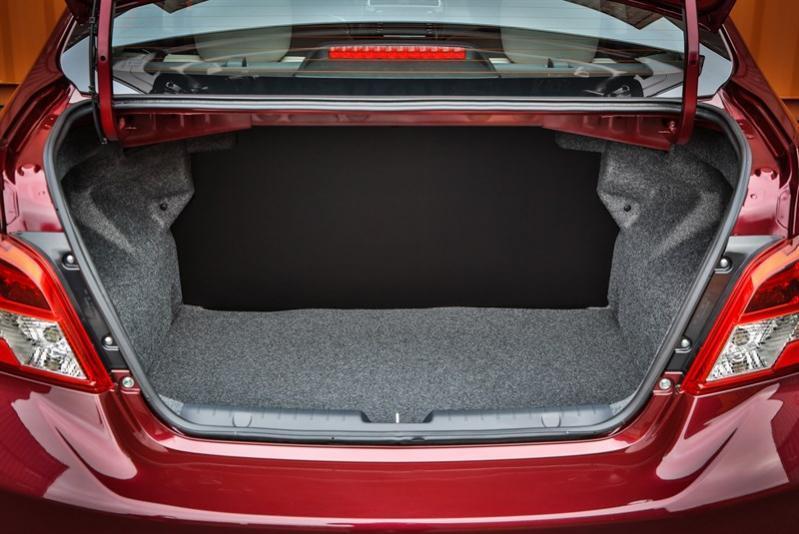 Name:  r-trunk-open.jpg Views: 1970 Size:  64.1 KB