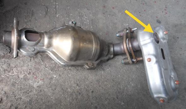 Name:  Exhaust manifold+cat.jpg Views: 3772 Size:  92.6 KB