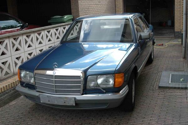 blue head 1981 mercedes benz 380se garage entry. Black Bedroom Furniture Sets. Home Design Ideas